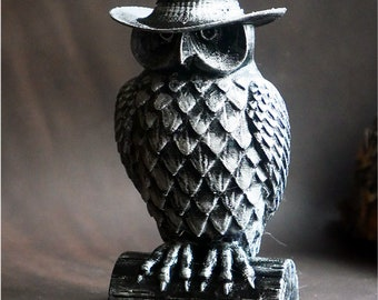 Silver Owl in a hat Figure, mafia boss, 3D Decor, Children's room decor. Animal. Sculpture, Made in 3d Printer. Home disign. gift