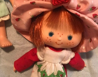 Vintage strawberry shortcake doll - strawberry shortcake toys - strawberry shortcake - doll - dolls - strawberry - collectible doll