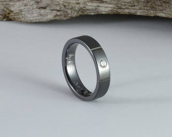 Womens engagement ring, black titanium ring with a cubic zirconia, wedding band women, women wedding ring womens, her wedding ring