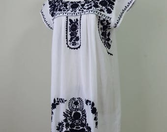 Mexican Embroidered Dress, Short Dress with Hand Embroidery, Oaxacan Dress, White Dress with Navy Blue Hand Embroidery