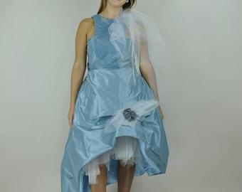 "Short wedding dress in silk taffeta ""cloud of sugar"""