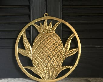 Vintage Brass Pineapple Trivet // Brass Pineapple Wall Decor