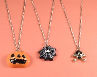 Halloween Choker, Halloween Necklace, Pumpkin Necklace, Skull Necklace, Pumpkin Jewelry, Spider Net, Spider Chain Choker Halloween Jewelry