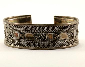 Vintage Floral Textured Design Cuff Bracelet Sterling Silver BR 396