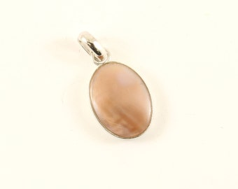 Vintage Oval Mother of Pearl Pendant 925 Sterling PD 1646