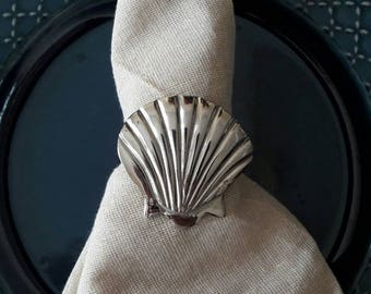 Set of 6 metal shell napkin rings, beach napkin ring,silver shell napkin rings