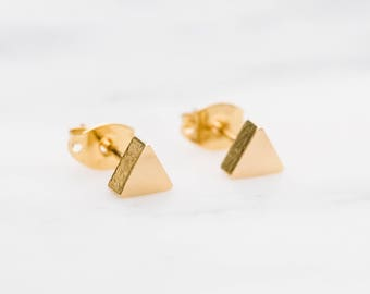 Gold Triangle Earrings / Gold Triangle Studs / Gold Geometric Earrings