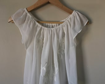 White Lacey Embriodered Top size small
