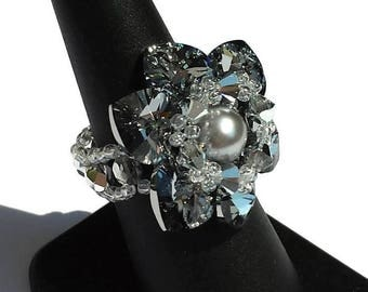 Flower shaped ring with crystal clear chrome hearts, pearls and means grey crystals-flower Ring-Ring crystals