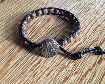 Wrap bracelet, leather bracelet, leather wrwap bracelet, beaded bracelet. wooden beaded bracelet
