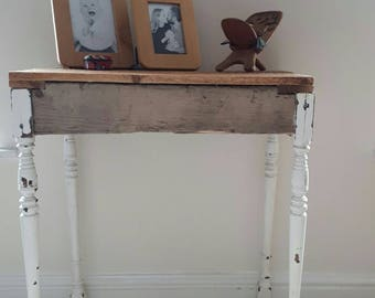 Pallet Console Table with Spindle Legs