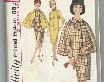 Vintage 1964 sewing pattern Simplicity 5669 capelet jacket skirt size 10