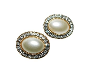Vintage Oval Shaped Clear Rhinestone/Faux Pearl Clip-On Earrings