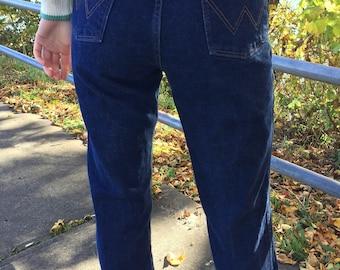 Vintage jeans, Wranglers, dark wash jeans, dark wash wranglers, 31X34