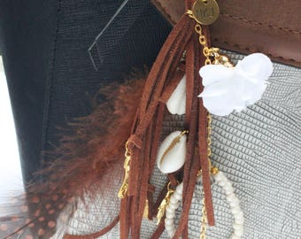 Handmade Keychain bags pendant Faux suede strand dark brown cowrie shells
