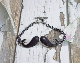 Mustache Connector Bracelet With Toggle Clasp - Mustache Connector - Mustache Charm - Bracelet Connectors - Charm Bracelet - Connector