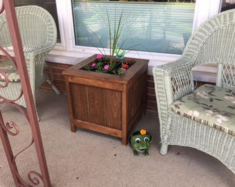Planter, Cedar, Flowers, Outdoors, Woodwork,