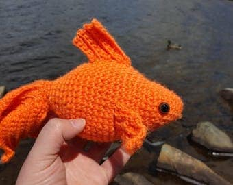 Stuffed handmade goldfish toy
