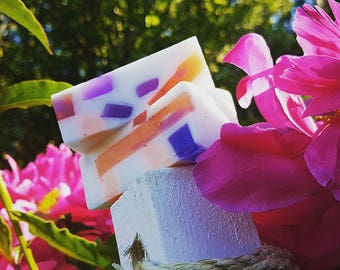 Peach Mango Soap with Apricot Seeds