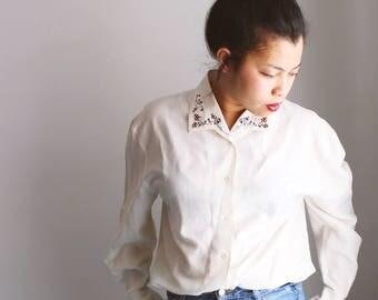 Chemise blanche rétro