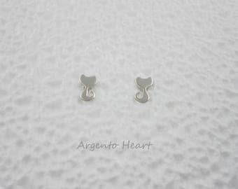 Stylised cat silver earrings