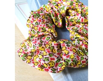 Carla Liberty scrunchie