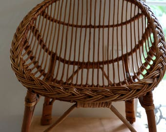 Shell Chair, child, vintage, wicker and rattan