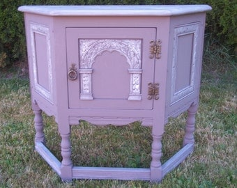 Small carved furniture