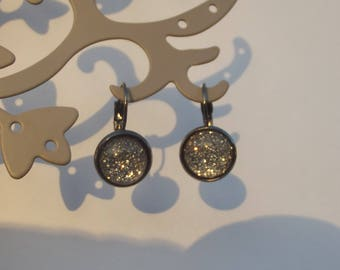Small Stud Earrings black metal with grey glass with glitter round cabochon