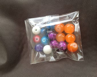 Multicolored round beads
