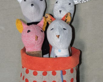 """RESERVE fabric rattle """"forest animals"""" and their little basket"""
