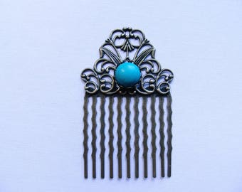 With turquoise hair comb