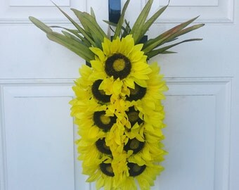 Sunflower Pineapple Wreath • Tropical Summer Wreath • Beach Coastal Wreath