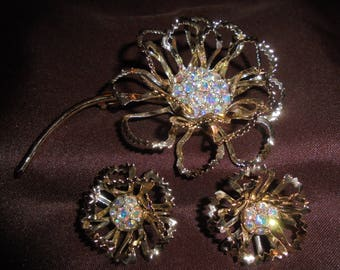 "Sarah Coventry ""Allusion"" Aurora Borealis Flower Pin/Earring Set"