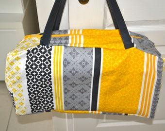 Bag Bowling yellow grey white and black