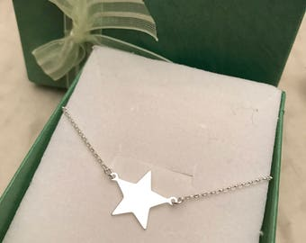 Silver925 Star necklace.