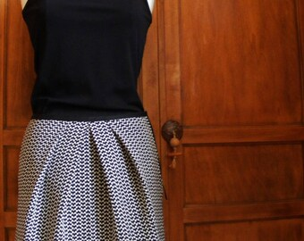 Short black and white cotton Tulip skirt