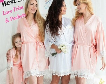 Bridesmaid Robes || Bridal Robes || Bride Robe || Bridal Party Robes || Bridesmaid Gift || Satin and Lace Bridal Robes || Bridal Party Gift
