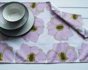 Tea Towel Made from 100% Cotton in Japanese Anemone Ivory Pattern