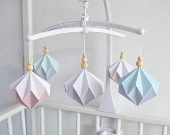 mobile b b origami mer et oc an animaux marins. Black Bedroom Furniture Sets. Home Design Ideas