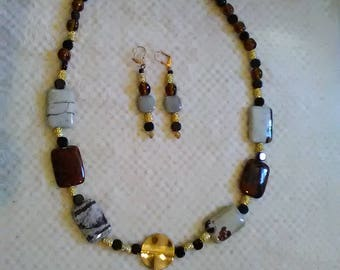 Autumn Gold Necklace w/ Earrings