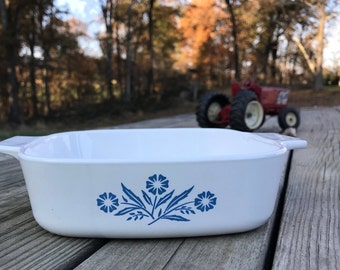 Vintage Corning Ware Cornflower Blue 1  Liter