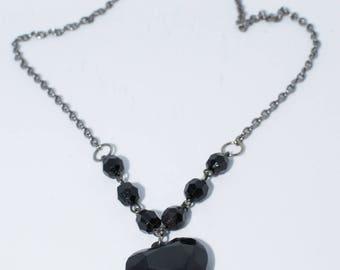 Black heart gem necklace