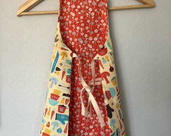 Reversible Toddler Apron - vintage kitchen/floral