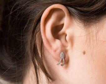 14K White Gold Pear Shape Earrings