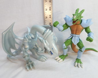 Kazuki Takahashi Yu-Gi-Oh! 1996 Garoozis & blue eyed White Dragon army builder