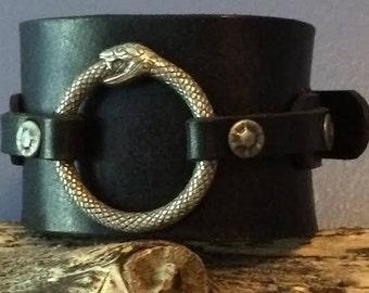 Ouroboros cuff