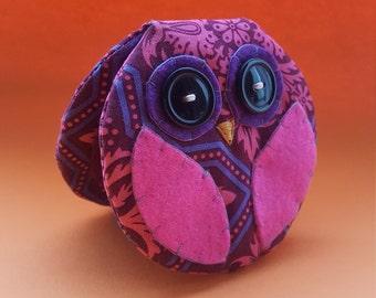Owl Needle Holder