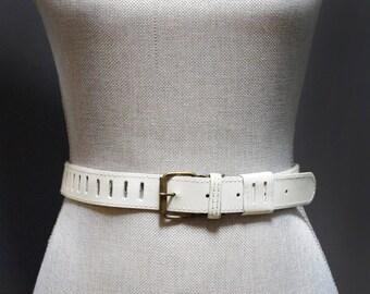 Vintage Ivory Cutout Slit Leather Waist Belt, Antiqued Brass Buckle, White Leather Belt Vintage White Belt Mod Slit Cut Out White Waist Belt