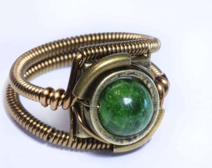 Steampunk Jewelry - RING - Chrome Diopside